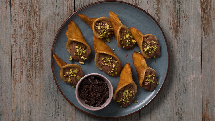 Qatayef with Chocolate Cream Filling